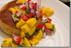 crab-cakes-with-mango-salsa1 (1)